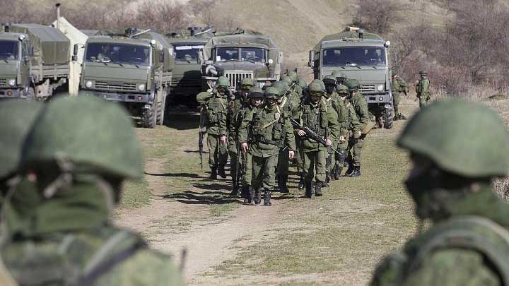 Хроніки окупації Криму: кримчанам рвуть паспорти, а Гоблін залякує фізичним знищенням - фото 5