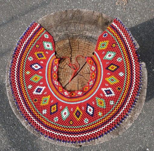 Які комірці з бісеру носили лемківські жінки - фото 1