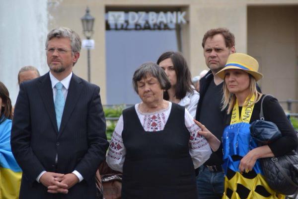 У Берліні показали, як Росія викрала Савченко (ФОТО) - фото 3