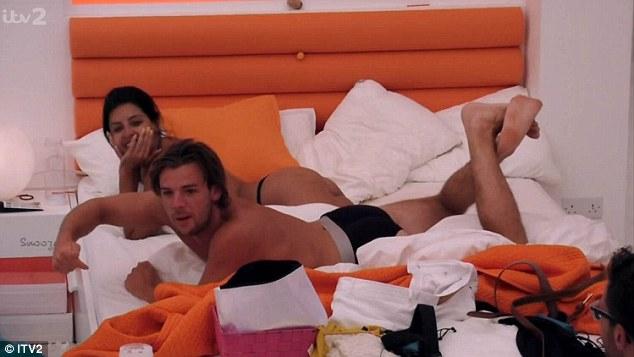 Скандал в реаліті-шоу: Пара зайнялася сексом прямо на камери - фото 2