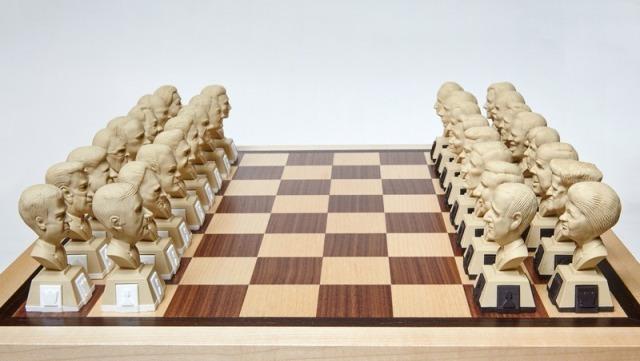 і Порошенко-офіцер: ТОП-10 незвичних шахів - фото 2