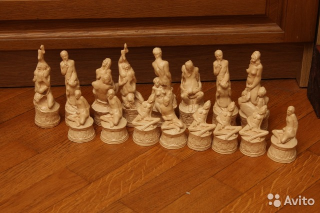 Секс богів і Порошенко-офіцер: ТОП-10 незвичних шахів - фото 6