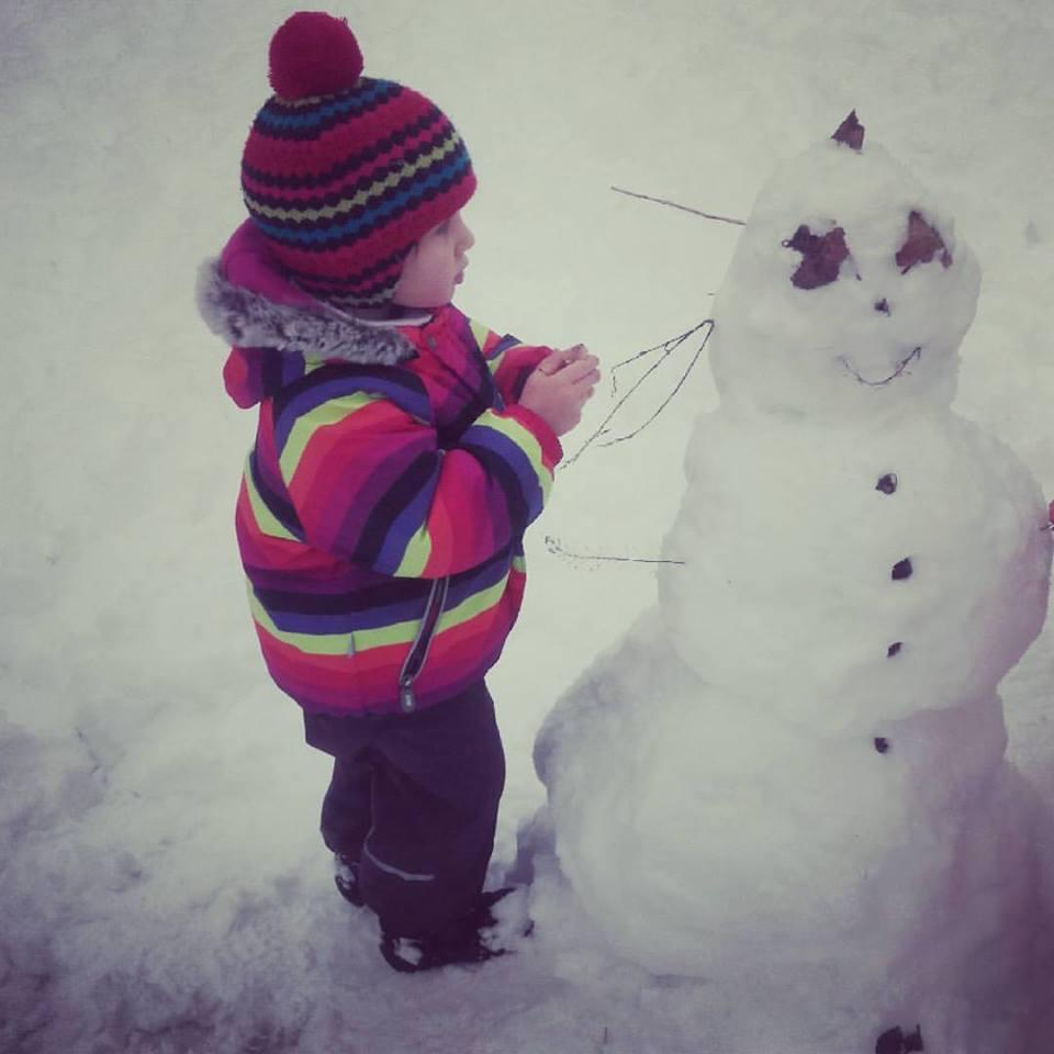 Красені і чудовиська: ТОП-10 оригінальних сніговиків - фото 2