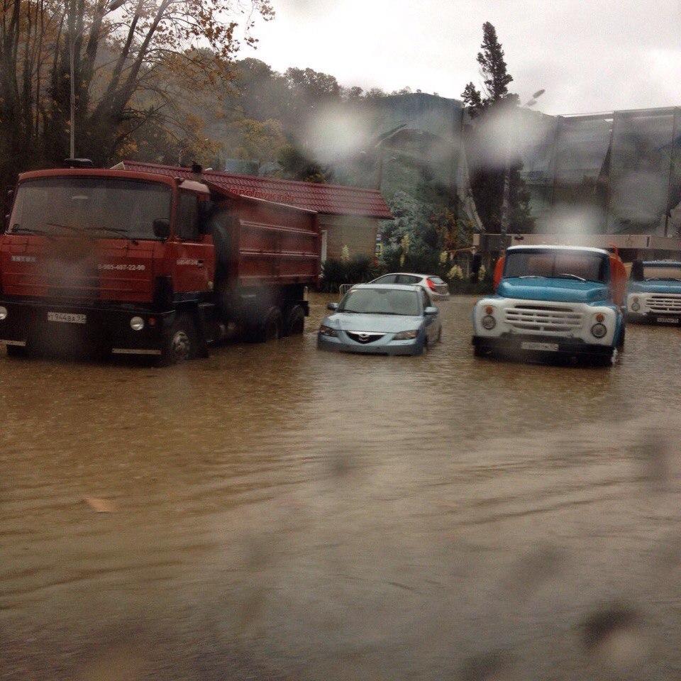 Потоп не пустив Путіна в Сочі (ВІДЕО, ФОТО) - фото 1