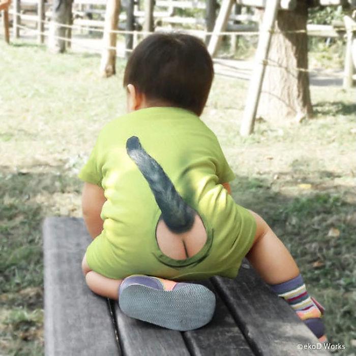 Японці вигадали новий одяг для малюків із голими сідницями та котячим хвостом - фото 2