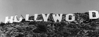 Шалені гроші і доленосні історії: Як змінювалась вивіска Hollywood впродовж століття - фото 5