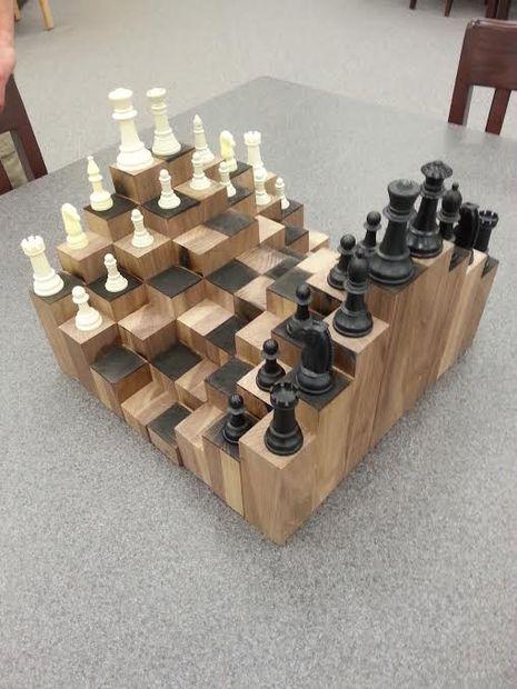 Секс богів і Порошенко-офіцер: ТОП-22 незвичних шахів - фото 17