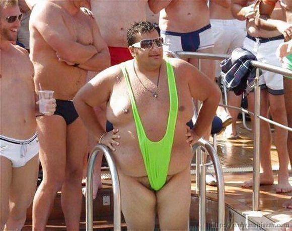 ТОП-5 непристойних чоловічих купальників - фото 3
