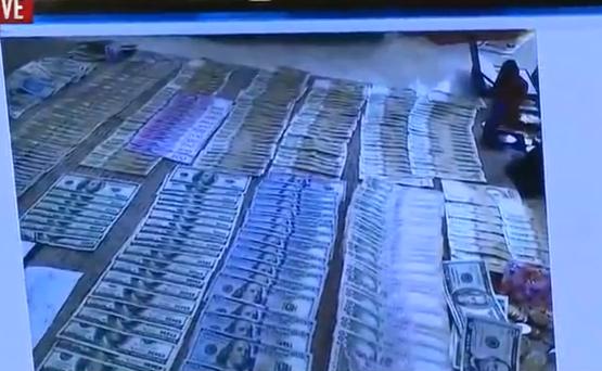 ГПУ: У мера Бучі шукали документи, а знайшли гроші - фото 1