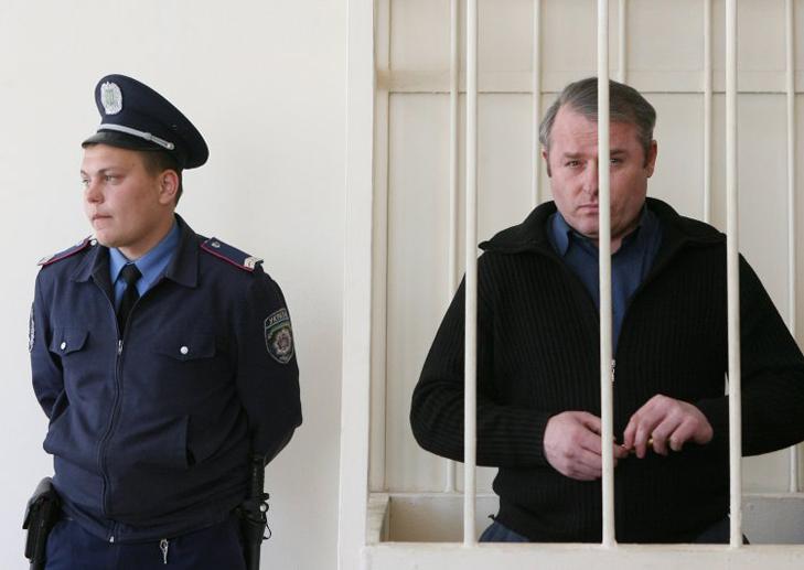 Чому Надії Савченко не варто засмучуватися через маріупольського педофіла - фото 1