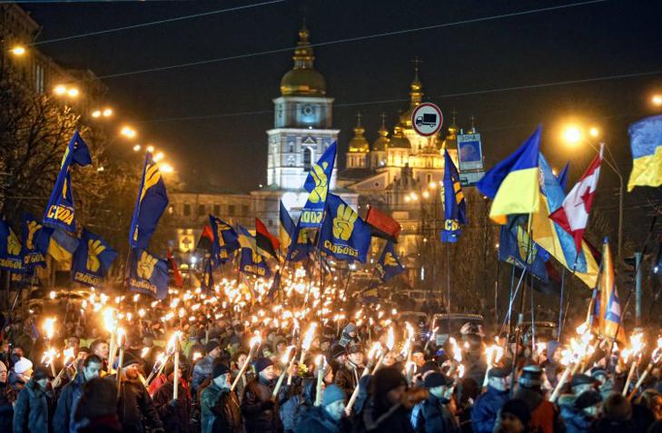 Хроніка Революції Гідності: Новий рік на Майдані і день народження Степана Бандери - фото 8