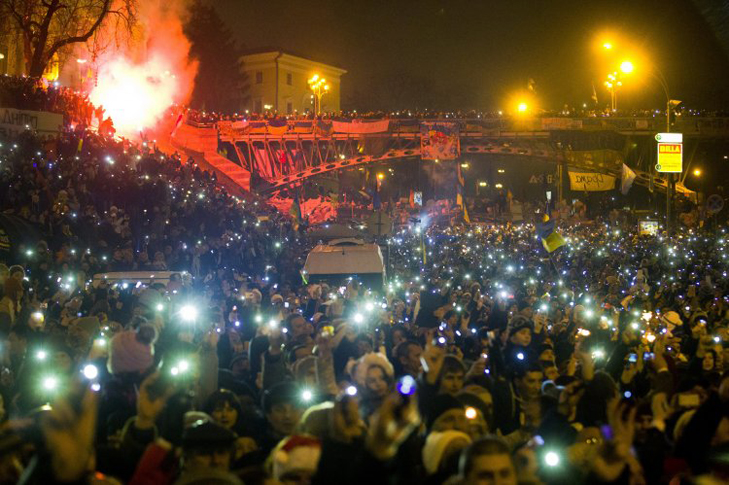 Хроніка Революції Гідності: Новий рік на Майдані і день народження Степана Бандери - фото 7