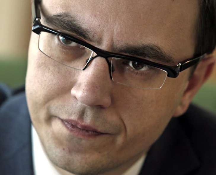 Хто працюватиме на Яценюка в уряді Гройсмана - фото 3