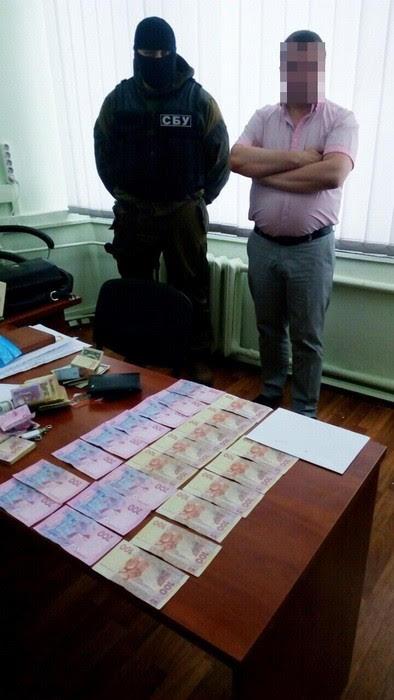 Харківські чиновники ставили на лічильник РАГСи (ФОТО) - фото 2