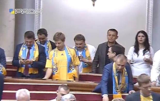 Як Рада підтримує збірну України - фото 2