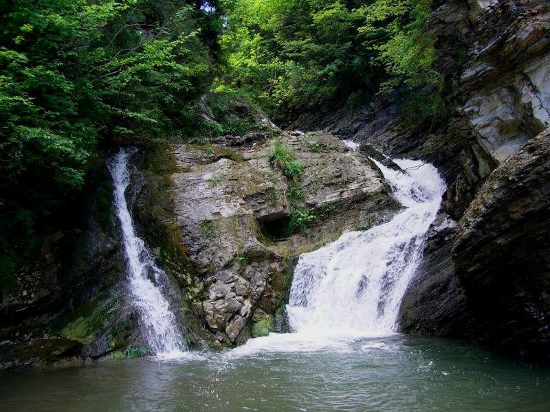 ТОП-10 екзотичних місць для романтичної подорожі на вихідні - фото 22