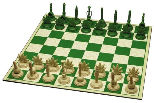 Секс богів і Порошенко-офіцер: ТОП-22 незвичних шахів - фото 11