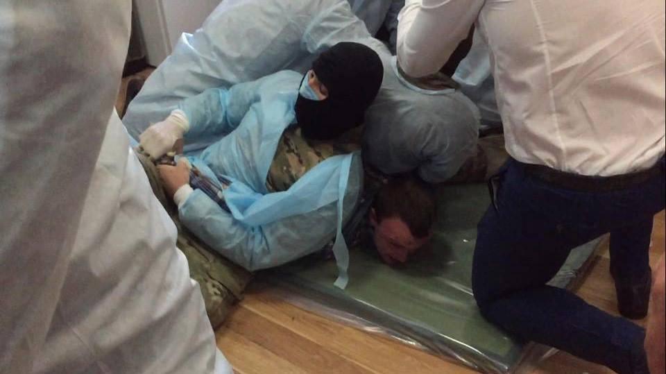 """У """"вбивць Бузини"""" силовики примусово взяли зразки крові і ДНК - фото 2"""