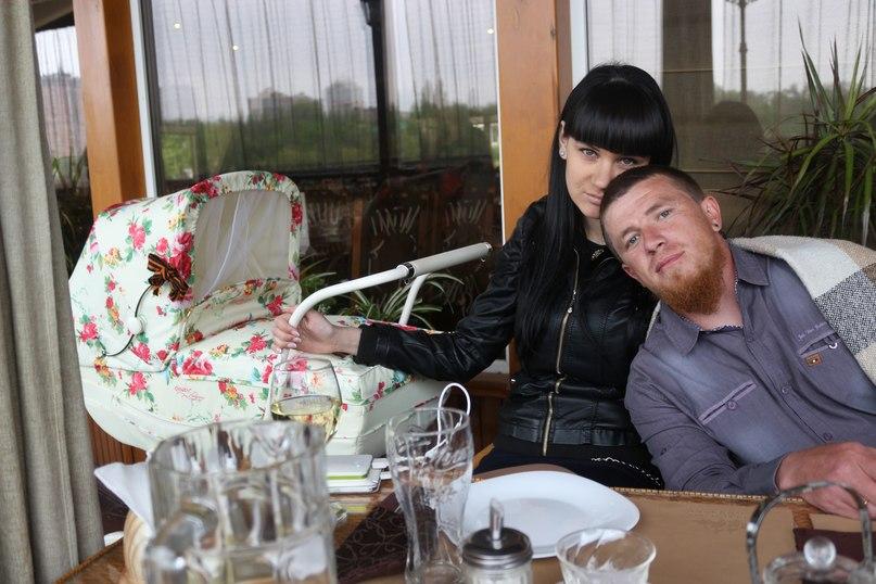 Блиск та злидні Донбасу: як жебракують люди та жирують бойовики в зоні АТО - фото 14