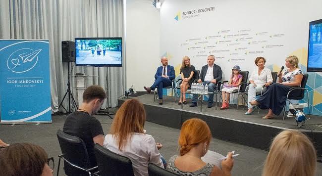 Ігор Янковський підтримав літній кінотабір для дітей з Донбасу - фото 1