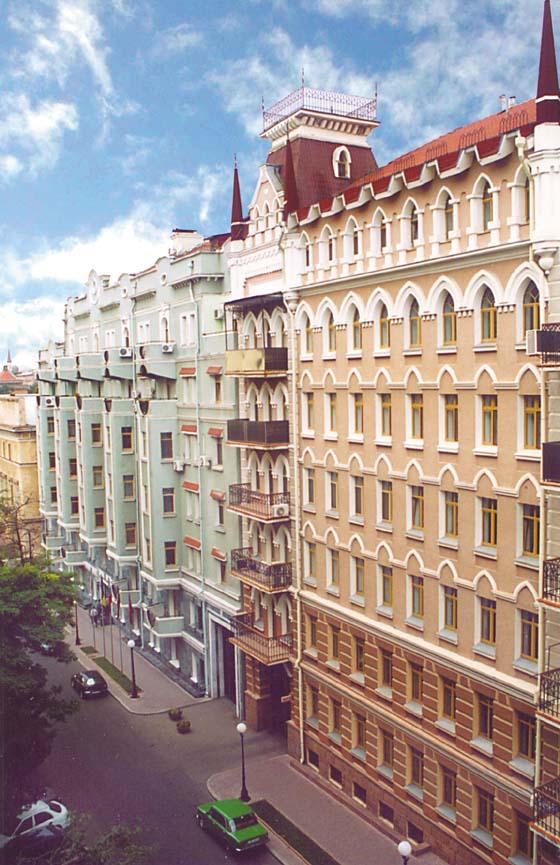 Як архітектори прикрашали і спотворювали Україну - фото 10