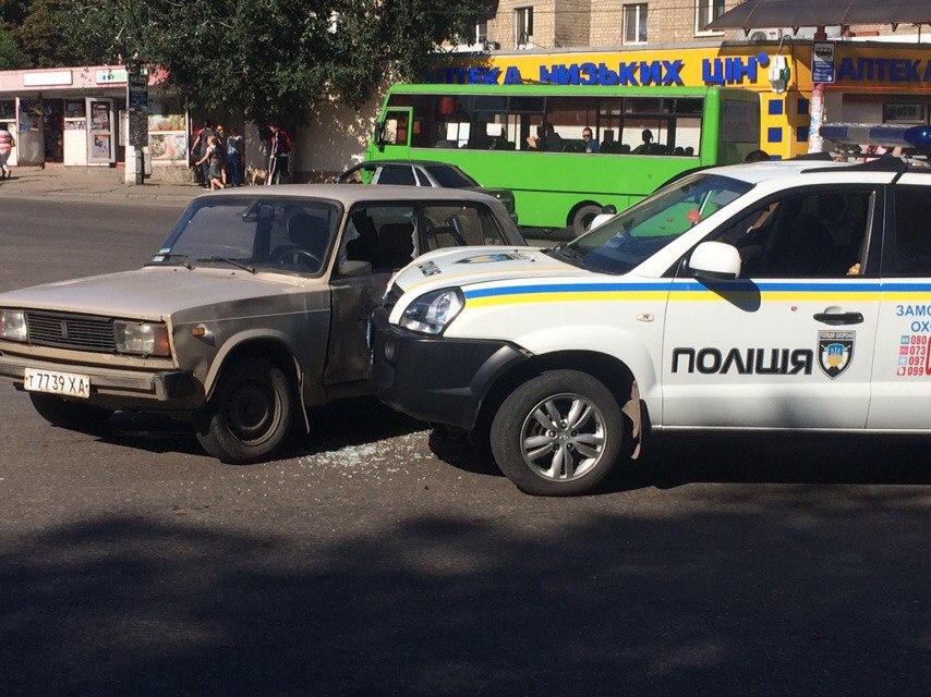 Харківські копи розбили ще одне службове авто  - фото 1