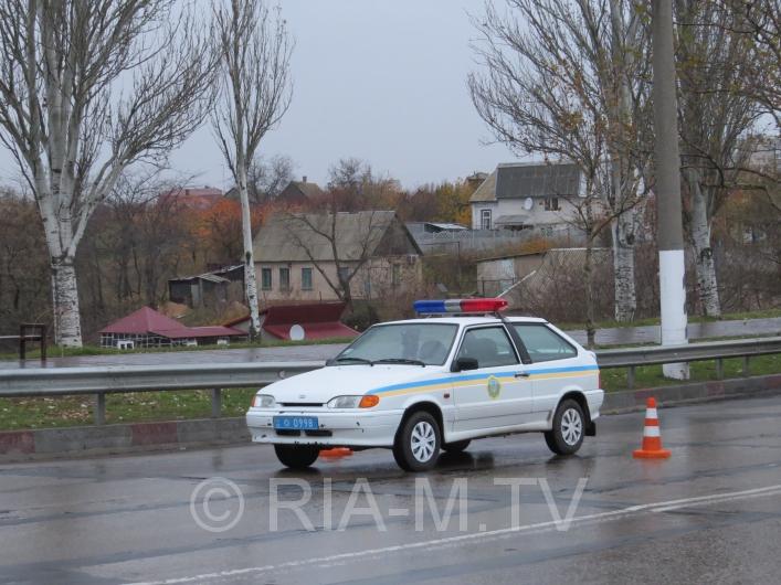У Мелітополі вантажівка протаранила дорогу іномарку - фото 2