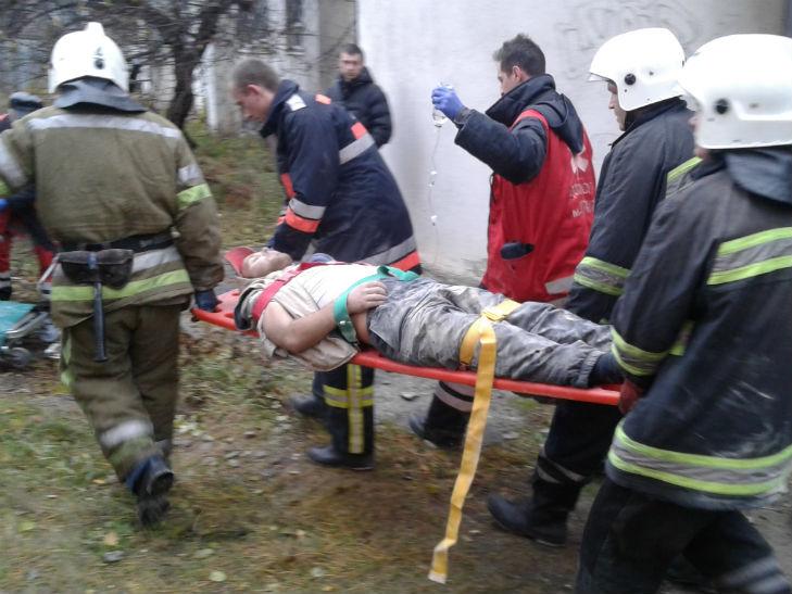 В Полтаві двоє будівельників постраждали внаслідок обвалу бетонної плити - фото 1