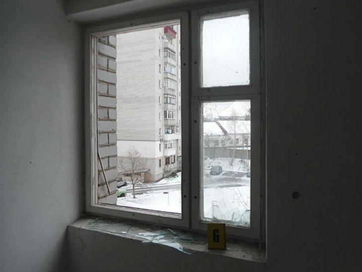 В Полтаві у під'їзді багатоповерхівки стався вибух - фото 1