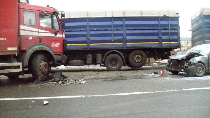 На Полтавщині внаслідок ДТП згорів автомобіль - фото 1