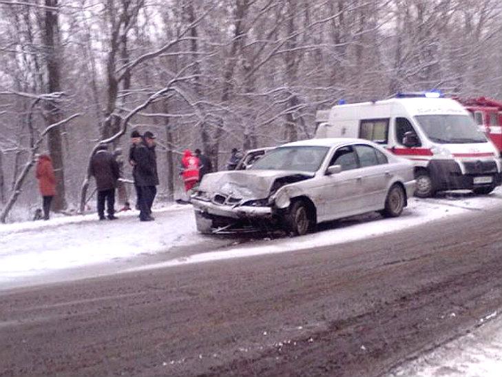 На Полтавщині сталося ДТП: одну автівку розірвало на шматки - фото 4