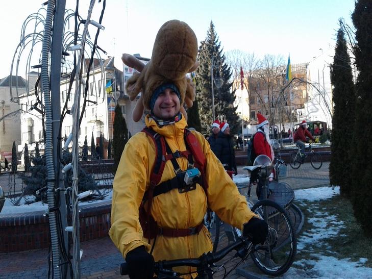 У Вінниці Діди Морози на роверах влаштували святковий заїзд - фото 14