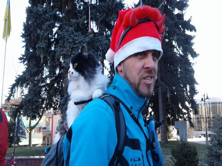 У Вінниці Діди Морози на роверах влаштували святковий заїзд - фото 13