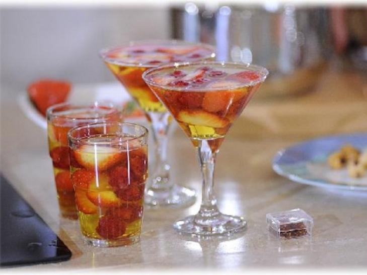 Як приготувати десерт із шампанського - фото 1