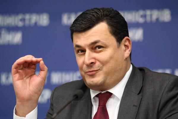 """Дива не сталося: ТОП-5 іноземних """"реформаторів"""", які не допомогли Україні - фото 3"""