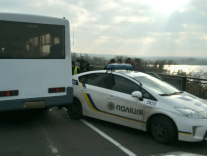 На Полтавщині поліцейський Prius потрапив в ДТП - фото 1