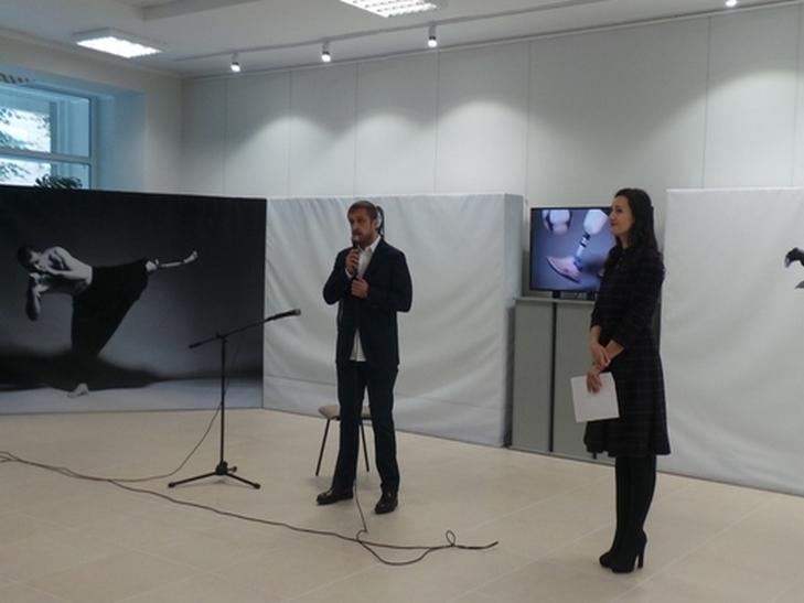 """У Хмельницькому відкрилась емоційно важка і мега-мотиваційна виставка """"Переможці"""" - фото 4"""