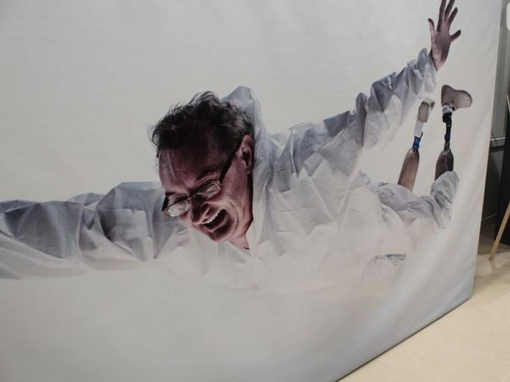 """У Хмельницькому відкрилась емоційно важка і мега-мотиваційна виставка """"Переможці"""" - фото 1"""