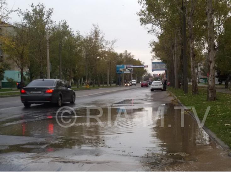 У Мелітополі сталася масштабна аварія на водоводі – середмістя залишать без води - фото 2