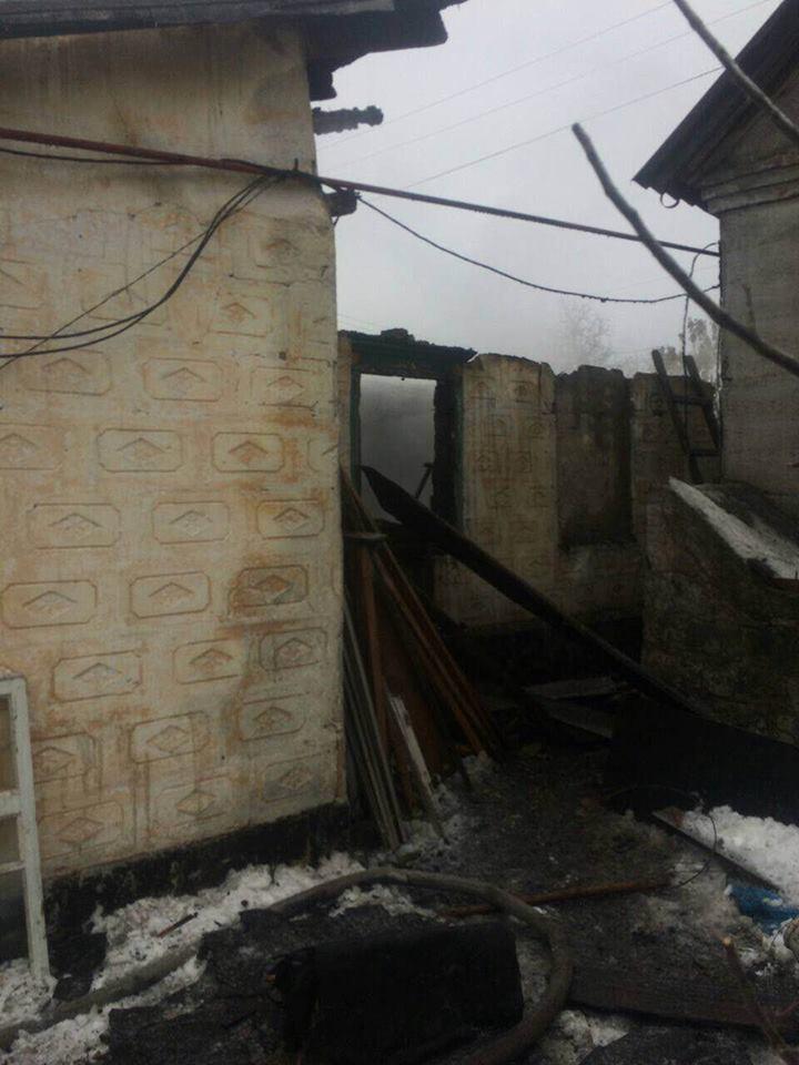 У Дніпрі на Різдво вщент згорів будинок, є загиблий - фото 2