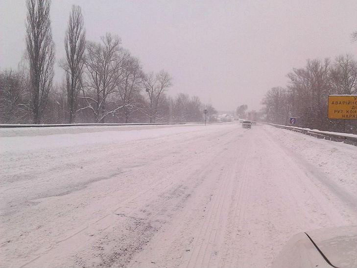 Полтава потерпає від снігопадів - фото 8