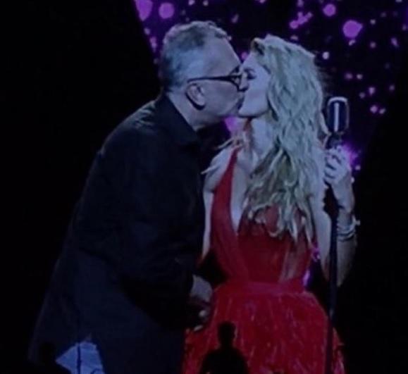Меладзе вперше пристрасно поцілував Брежнєву на сцені - фото 1