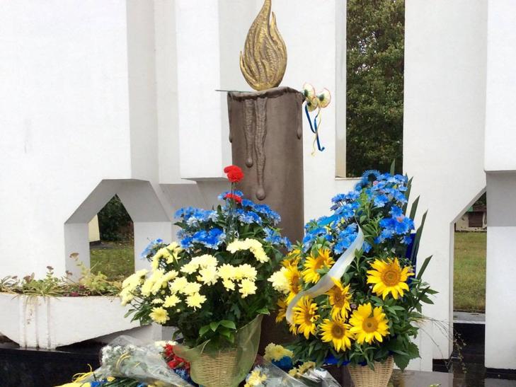 У Хмельницькому вшанували борців за незалежність - фото 6