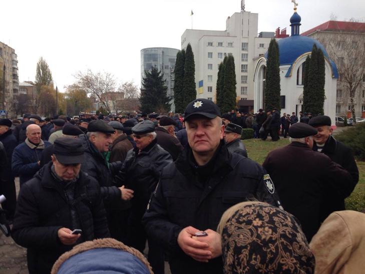 Головний поліцейський Хмельниччини говорить про порушення конституційних прав ветеранів ОВС - фото 1