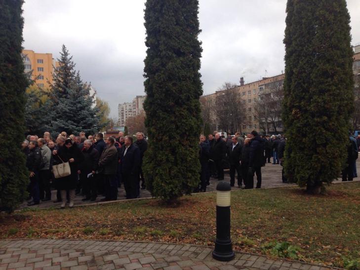 Головний поліцейський Хмельниччини говорить про порушення конституційних прав ветеранів ОВС - фото 2