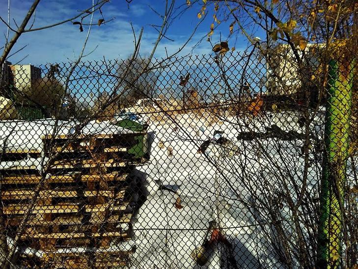 Як сніг оголив сміття Садового у Львові (ВІДЕО, ФОТО) - фото 3