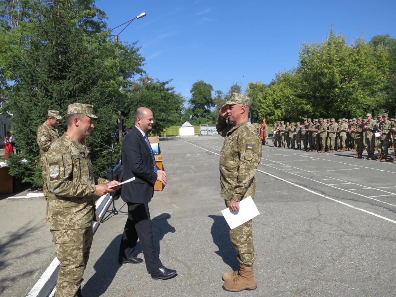 У Миколаєві відсвяткувала 75-річчя севастопольська бригада такичної авіації