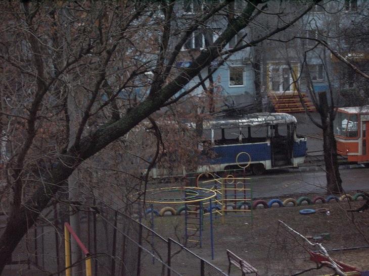 У Запоріжжі на ходу спалахнув трамвай (ФОТО, ВІДЕО) - фото 1