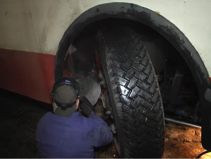 Тролейбуси в Хмельницькому підготували до зими - фото 4