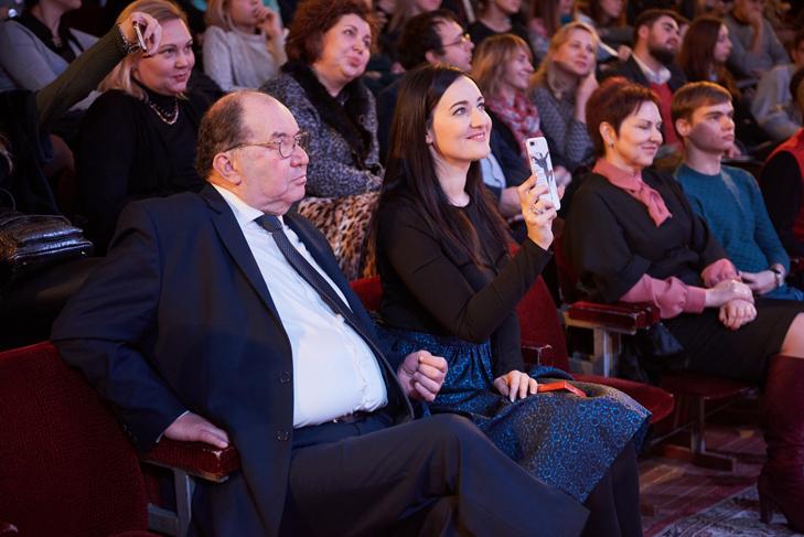 Чому Олена Кравець побоювалася їхати в Маріуполь, а перед Маргаритою Ситник вибачався Янукович - фото 1